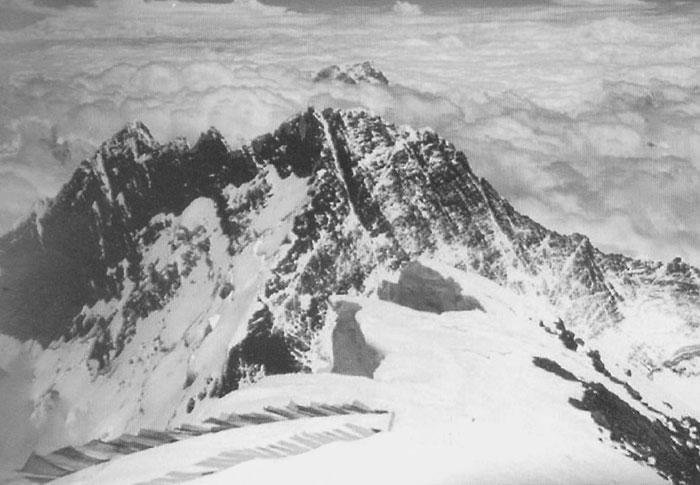 Лхоцзе с Эвереста (фото А. Фойгта)
